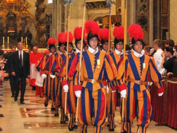 guard mounting in Vatican