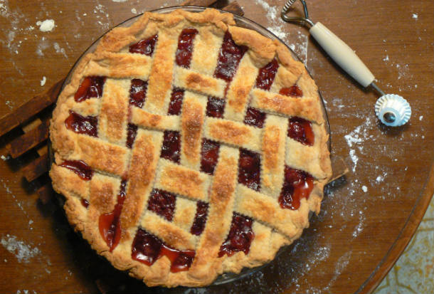 Cherry_pie_with_lattice