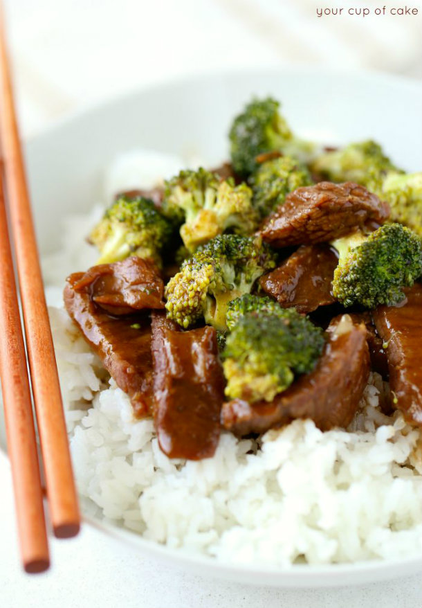 Easy-Slow-Cooker-Beef-and-Broccoli