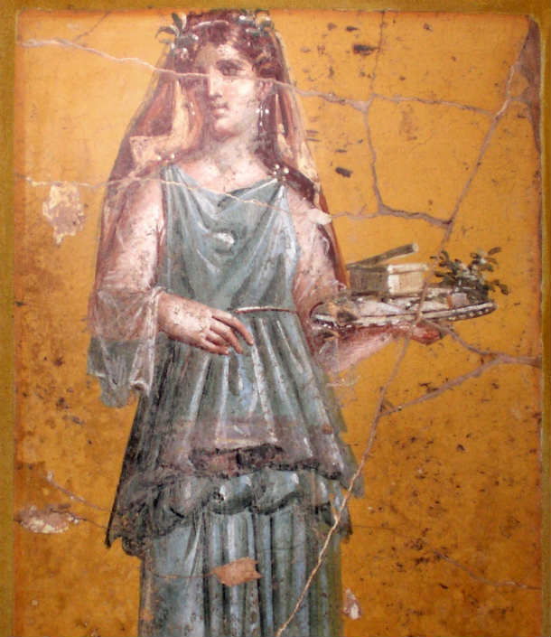 Fresco_of_woman_with_tray_in_Villa_San_Marco_retouched