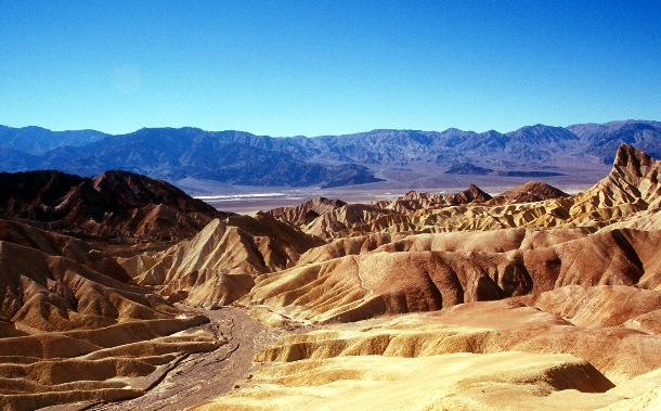 """15 """"Most Dangerous Places In The World"""" And Way To Online Travel Death Valley, California"""