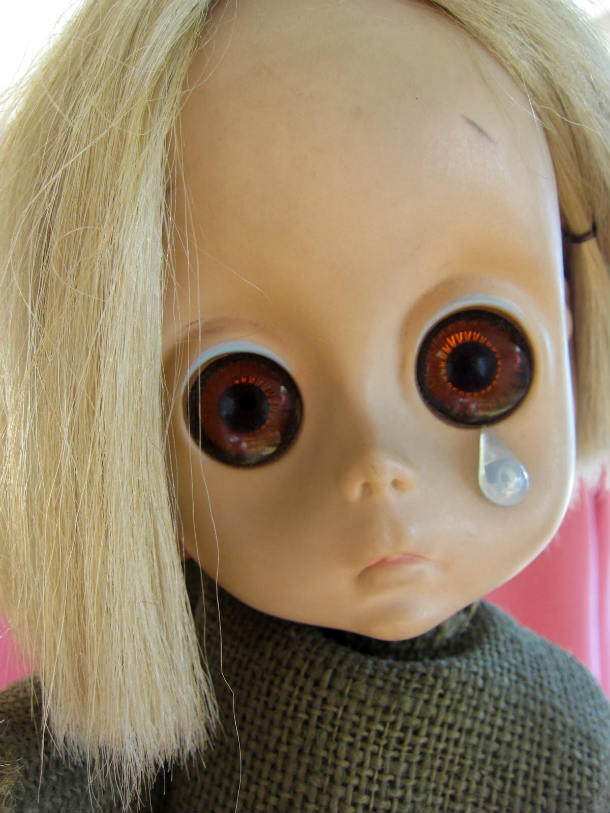 Little-Miss-No-Name-the-doll-with-the-tear-little-miss-no-name