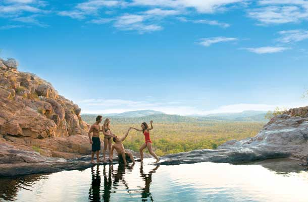 Plunge pool with family
