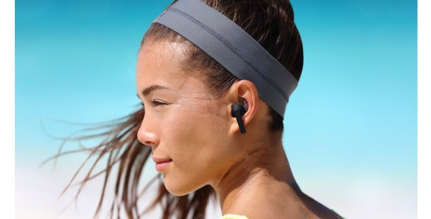 woman with wireless earbuds