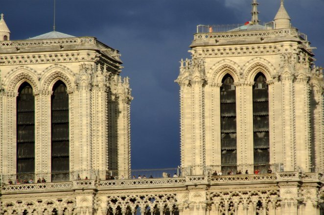 Paris_Notre-Dame_cathedral_west_facade_towers_20080712